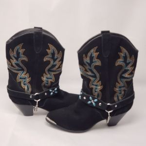 Womens  leather western  Dingo boots .